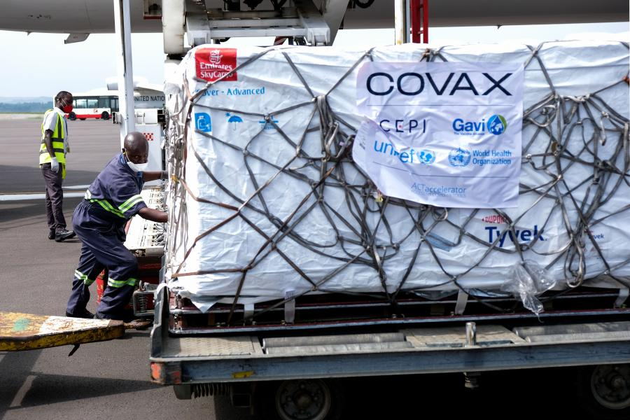 Somalia receives 300,000 doses of Oxford/AstraZeneca COVID-19 Vaccine