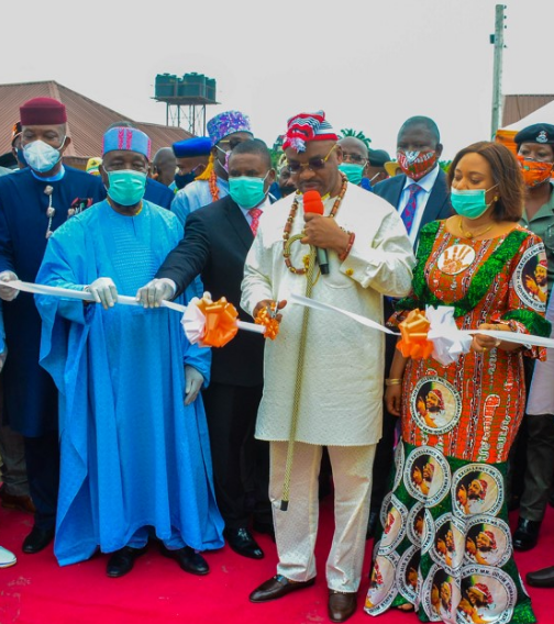 AKS Governor Udom Emmanuel commissions projects in Eket and Esit Eket LGA