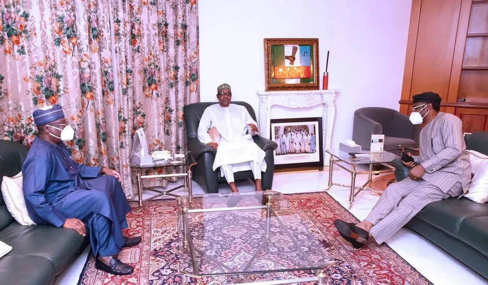 President Muhammadu Buhari meets national assembly leadership at Aso Villa over ENDSARS Protests